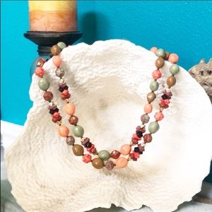 Multi color beaded necklace.